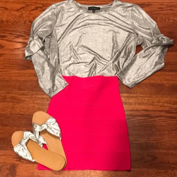 BCBGMaxAzria Dresses & Skirts - BCBG maxazria hot pink bandage skirt